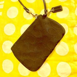 Black coach wristlet in great condition